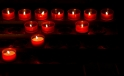 Kerzen in der Kirche Bellinzona im Tessin / Candles in the Church in Bellinzona Canton Ticino